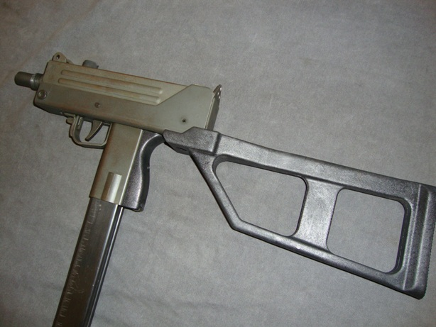 Modern Firearms - Ingram MAC M10 and M11